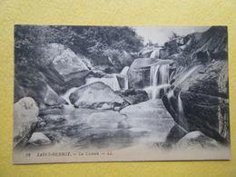 PLONEVEZ DU FAOU. Saint Herbot. La Cascade. - Plonevez-du-Faou
