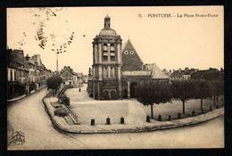 PONTOISE - La Place Notre Dame - Pontoise