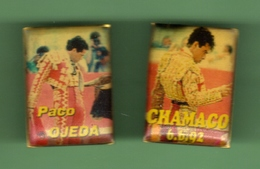 TAUROMACHIE - CORRIDA PACO OJEDA - CHAMACO *** Lot De 2 Pin's *** 0013 - Tauromachie - Corrida