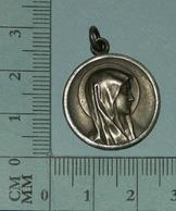 Medaille Religieuse, Medal, Medaglia - Vierge Marie, Lourdes, STERLING, Identifié, 4 Gr - Religion & Esotericism
