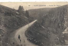SAINT-ANTHEME . VALLEE DE L'ENFER + CHEVRES - MOUTONS  ET 1 DAME . AFFR LE 14-7-1928 AU VERSO . 2 SCANES - Autres Communes