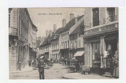 Saulieu. Place Du Marché. Devantures De Magasins, Hôtels. Marché. (2781) - Saulieu