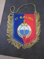 FANION MILI  1 RPIMA FORCES SPECIALES RARE/ 10 X 13 CM - Flags