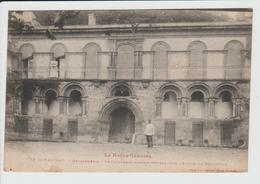 SAINT MARTORY - HAUTE GARONNE - GENDARMERIE - LA COLONNADE ROMANE PROVENANT DE L'ABBAYE DE BONNEFOND - Otros Municipios