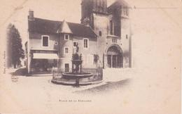 CPA - SAULIEU - Place De La Fontaine - Saulieu