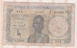 Banque De L´Afrique Occidentale, 25 Francs Du 21 11 1953 , Alphabet S.12696 ,n° 844 - Billetes