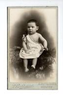 PHOTO . PORTRAIT D'ENFANT . BÉBÉ . PHOTOGRAPHIE A. BALDASSINI SAINTES - Réf. N°18833 - - Anonymous Persons