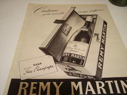 ANCIENNE PUBLICITE CADEAU COGNAC REMY MARTIN 1953 - Alcoholes