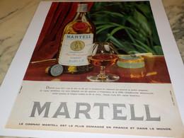 ANCIENNE AFFICHE PUBLICITE COGNAC  MARTELL 1961 - Alcohols