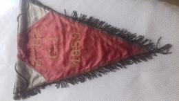 FANION DES ZOUAVES - Uniforms