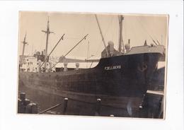 TRES BELLE PHOTO 24X18 / FJELLBERG / AU DOS NOTE LE TOUILA LORS DE MAIDEN TRIP - Boats