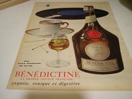 ANCIENNE AFFICHE PUBLICITE LIQUEUR LA BENEDICTINE  1958 - Alcohols