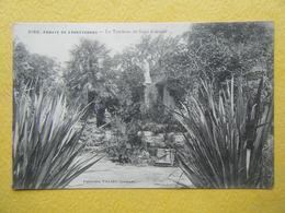 LANDEVENNEC. Les Ruines De L'Eglise Abbatiale. Le Tombeau De Saint Guénolé. - Landévennec