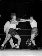 GRANDE PHOTO COMBAT DE BOXE LEPRINCE CONTRE .....   SUPER  LEGER FORMAT  24 X 18 CM - Boxing