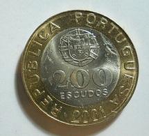 Portugal 200 Escudos 2001 Some Varnished - Portugal