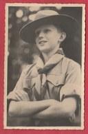 Famille Royale - Le Prince Baudouin En Boy Scout ( Voir Verso ) - Scoutisme