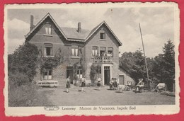 Lesterny - Maison De Vacances , Façade Sud ...belle Animation, Jeunes Demoiselles - 1951 ( Voir Verso ) - Nassogne