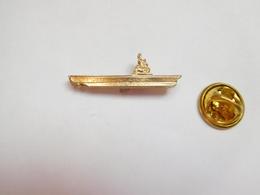 Beau Pin's  , Marine Bateau , Marine Nationale , DCN , Porte Avions - Barcos