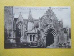 PLONEVEZ DU FAOU. La Chapelle De Saint Herbot. Le Porche Et L'Ossuaire. - Plonevez-du-Faou