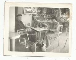 Photographie , 12 X 9 , LOURDES , 1960 , Bar , Café , Boutique De Souvenirs - Places
