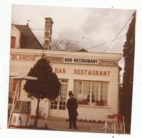 Photographie , 7.5 X 7.5 , Bar , Restaurant , Station Essence , Shell , La Croix Blanche - Places