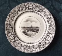 33 - PAUILLAC  - Assiette En Porcelaine LIMOGES -  D'aprés VIEILLARD à Bordeaux  - - Borden