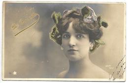 Femme Célèbre - DE TARINVILLE - Célébrités