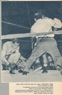 BOXE : PHOTO, JOE LOUIS - EZZARD CHARLES, 27 SEPTEMBRE 1950, YANKEE STADIUM, NEW-YORK, COUPURE REVUE (1957) - Boxe