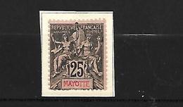 Mayotte  1892 - 1899  Cat Yt  N°    4 Et 8      N* MLH - Gebruikt