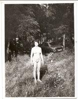 Photo Originale , Femme En Maillot De Bain , Dim 9.0 X 12.0 Cm - Personas Anónimos