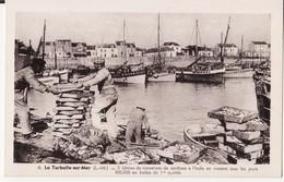 44 LA TURBALLE SUR MER -- Débarquement Des Sardines  N° 8 - La Turballe
