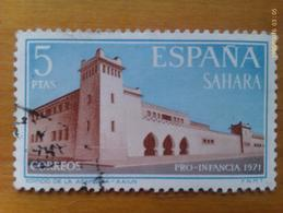 Sello España. Sahara. 5 Pesetas 1971. Pro Infancia. Edificio Asamblea Aaiun. Circulado. Original De Época - Sahara Spagnolo