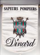 Rare Fanion Grand Format Des Pompiers De Dinard Ille Et Vilaines - Firemen