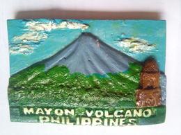 Philippines Mayon Volcano - Tourism