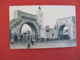 Tunisia  Porte Bab El Khadra--ref 2950 - Tunisie