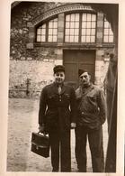 Photo Originale Gendarme - Gendarmerie - Gendarmes En Mission - Bureaucratie Militaire - Mestieri