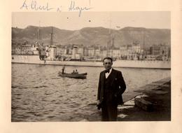 Photo Originale Navire Et Bâtiment De Guerre 133 Dans Le Port D'Alger Vers 1930/40 Avec Albert Au 1er Plan - Algérie - Bateaux