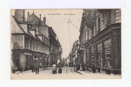 Bourges. Rue Moyenne. Devanture Boucherie, Magasins. Tramway. (2786) - Bourges