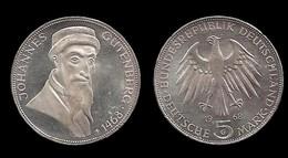 500éme ANNIVERSAIRE DE LA MORT DE Johannes GUTENBERG . 5 MARK 1968 G . - [ 6] 1949-1990 : RDA - Rép. Démo. Allemande