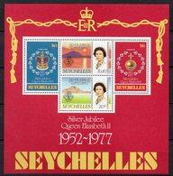 SEYCHELLES  Timbres Neufs ** De 1977  ( Ref 5339 ) Elisabeth II - Seychelles (1976-...)