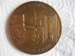 Médaille En Bronze École Nationale Des Sous-officiers D'active 79 Saint-Maixent - Army & War