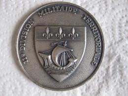 Médaille 11e Division Militaire Territoriale - Militari