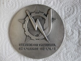 Médaille Service Du Materiel De L'Armée De L'Air Attribué à Pencalet  1998 - Army & War
