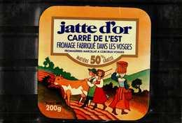 Etiquette De Fromage -   JATTE D'OR  Carré De L'Est - Fabriqué Dans Les Vosges - Quesos