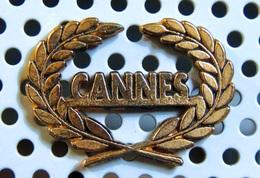 Pin's Doré Du Festival De Cannes Non Officiel - Cinéma