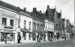 CPSM ROESLARE. ROULERS.  Place De La Gare, Commerces, Hotel De La Bourse, - Roeselare