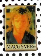 Pin's De L'acteur De La Série MacGyver - Richard Dean Anderson - Cinéma