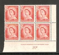 001644 New Zealand 1954 3d Plate Block 22 MNH - Blocks & Sheetlets