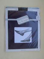 Paire De Bas Nylon Mousse  VINTAGE Neuf Jamais Porté , LE BOURGET  Couleur NOIR  , Taille 1 , Années 60/70 - Tights & Stockings