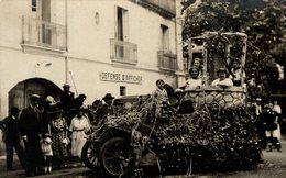 CARTE PHOTO A LAMALOU LES BAINS VOITURE DECOREE AOUT 1923 - Lamalou Les Bains